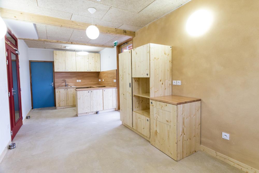 3 plis de bois pour meubles sur mesure le si ge d 39 izuba. Black Bedroom Furniture Sets. Home Design Ideas